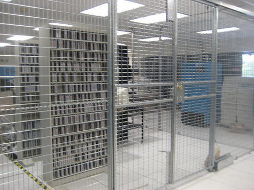 Server Cages NYC- NYC Server Cages – LockersUSA